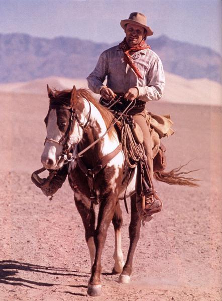 Hidalgo Under Saddle